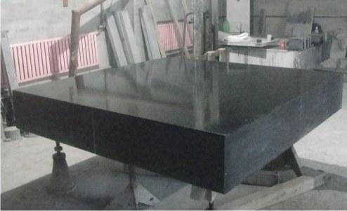铸铁平台厂家是如何计算铸铁t型槽试验底座硬度的?